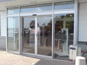 Sliding doors insulated, manufactured as desired in optional dimensions